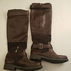 Guess 100% leather boots Sz 6